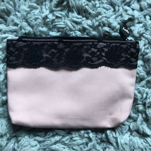 ipsy Handbags - ipsy bag, pink with black lace, zippers shut